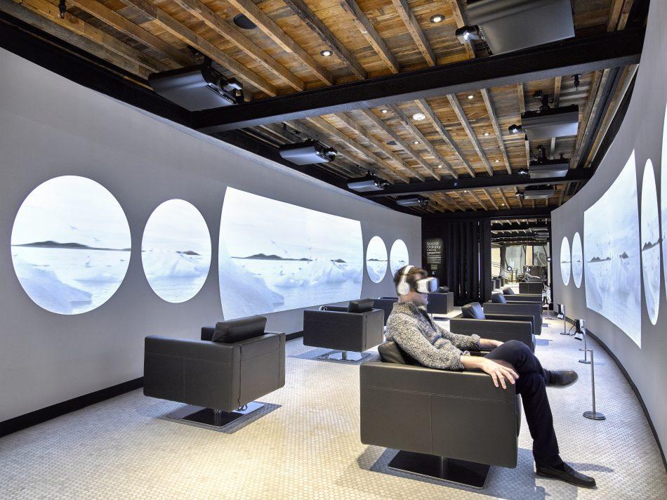 VR Tunnel at Samsung 837