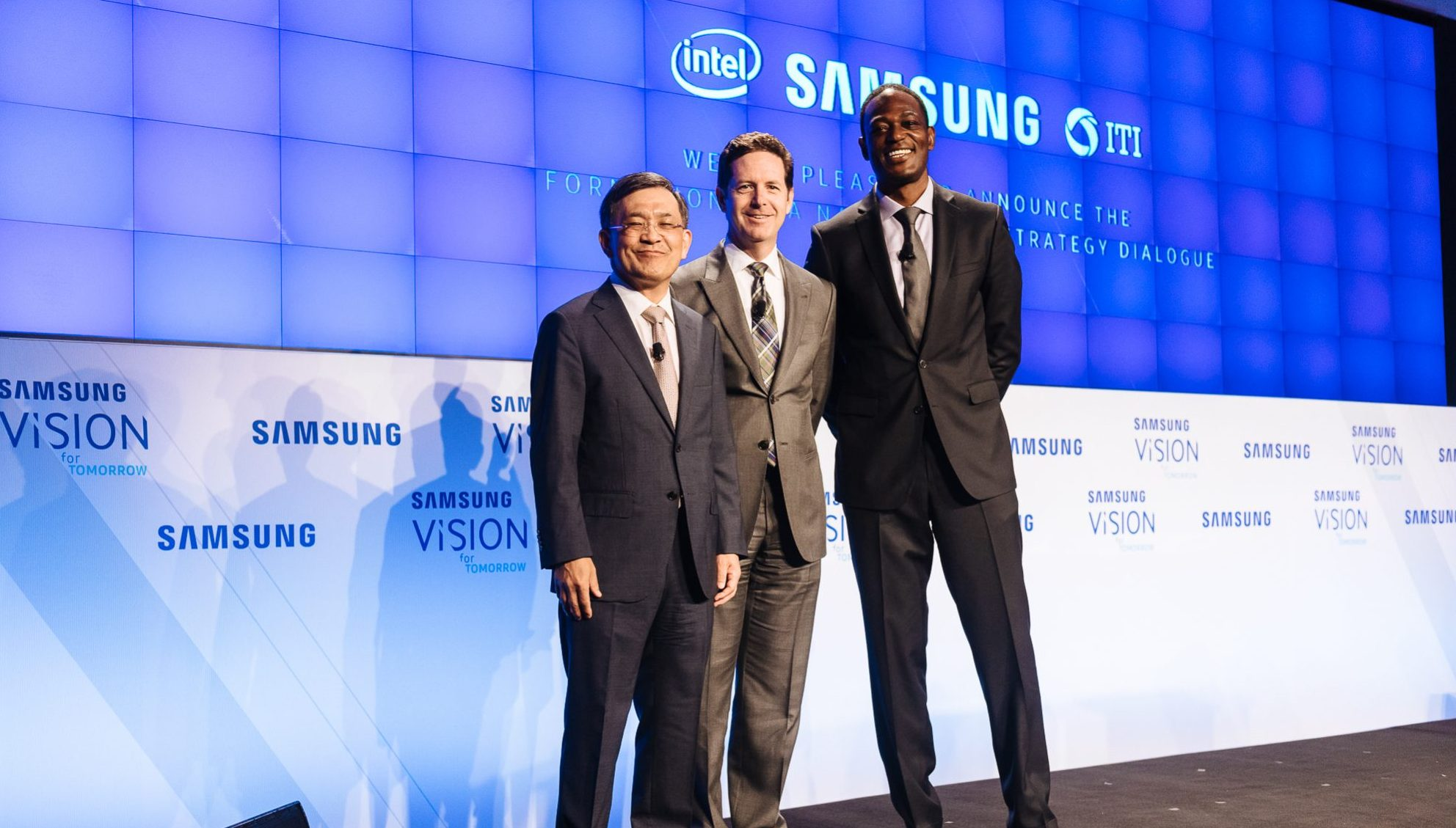Samsung and Intel Launch Tech Initiative to Develop Recommendations