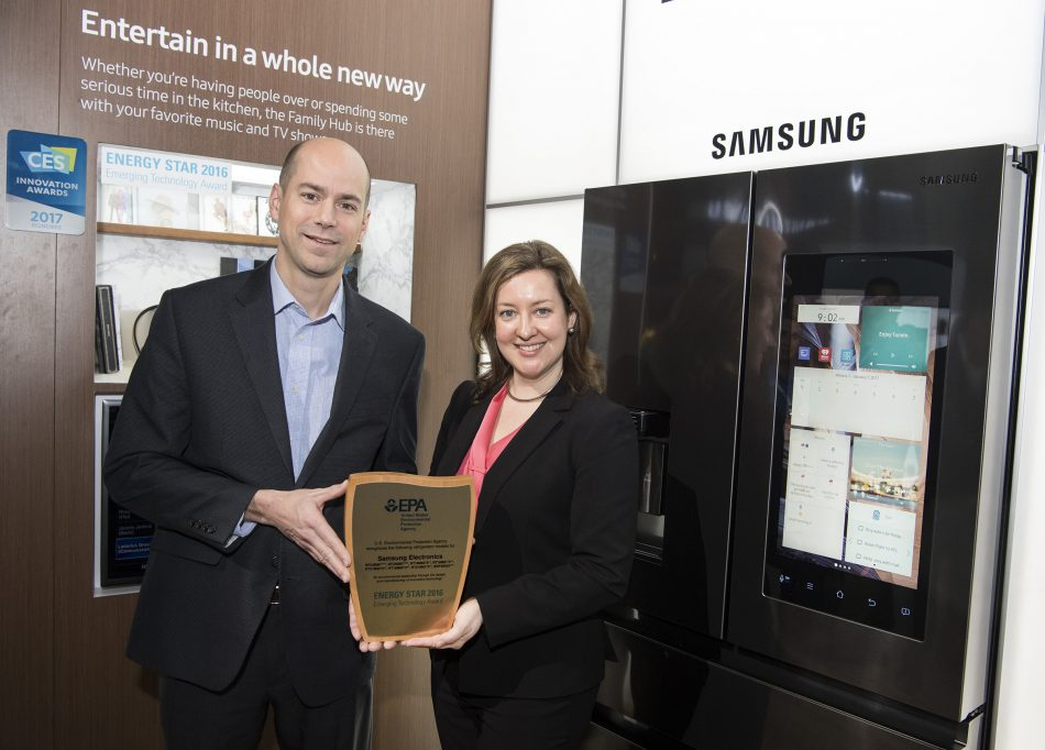 Samsung Marketing VP Shane Higby accepts the ENERGY STAR® Emerging Technology Award from Verena Radulovic of the U.S. Environmental Protection Agency. Samsung received the prestigious award for using the innovative R-600a refrigerant in 20 models across its 2017 refrigerator line, putting it at the forefront of energy conservation and climate protection.
