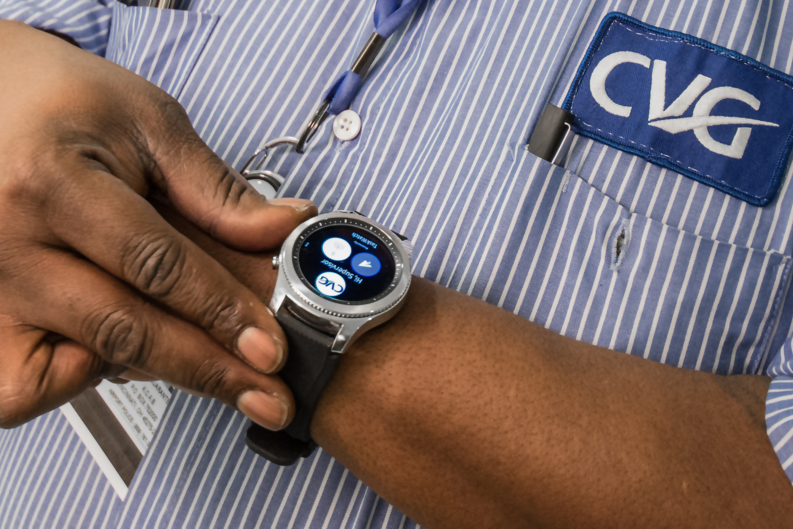 Samsung and Hipaax Accelerate Wearables in the Workplace