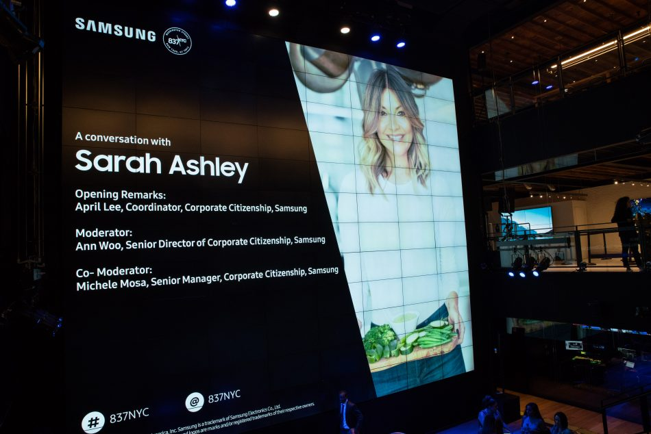 Entrepreneur Sarah Ashley Schiear speaks to audience members following the opening session of the Samsung 837 Fall Discovery Series.