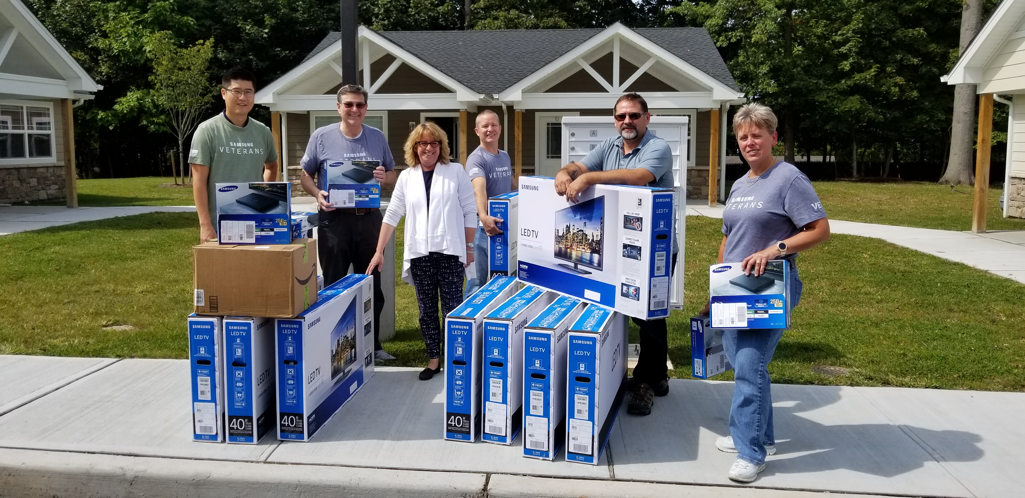 Samsung Donates Home Entertainment Systems to New Veterans