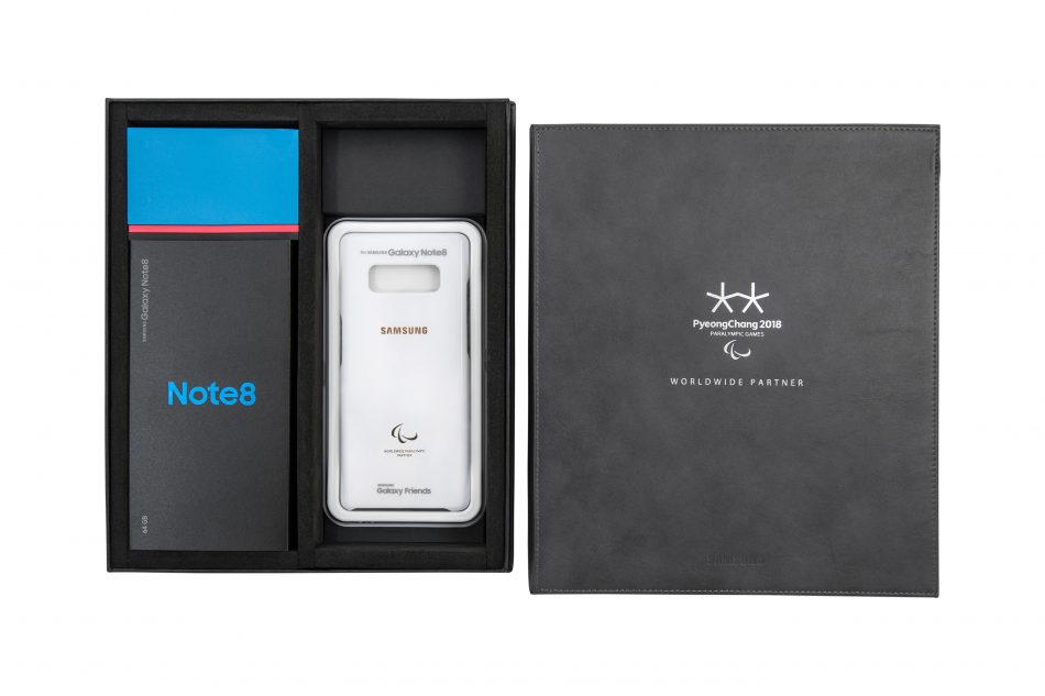 In collaboration with the International Paralympic Committee (IPC), Samsung presented smartphones to all Paralympians for the first-time. Each Paralympian received an exclusive pack that features a Galaxy Note8, a fast-charging battery pack as well as a special case that incorporates a PyeongChang 2018 Paralympic Winter Games interface once attached to the phone.