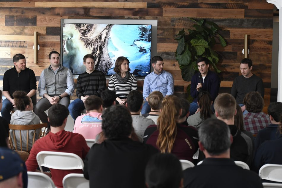 As part of the contest's final pitch event activities, students from the national finalist Solve for Tomorrow teams received mentorship from Samsung NEXT engineers and developers who have experience bringing their own business ideas to market.