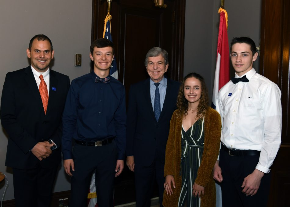Solve for Tomorrow Owensville team with Senator Roy Blunt