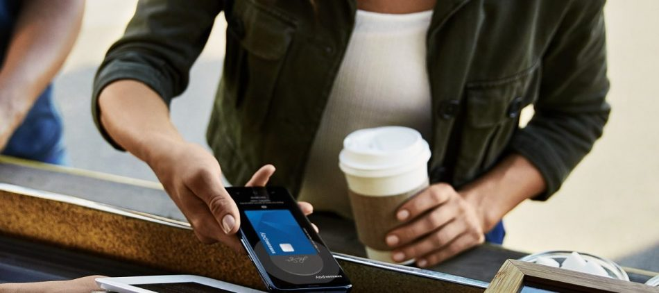 Samsung Pay MTA woman with phone
