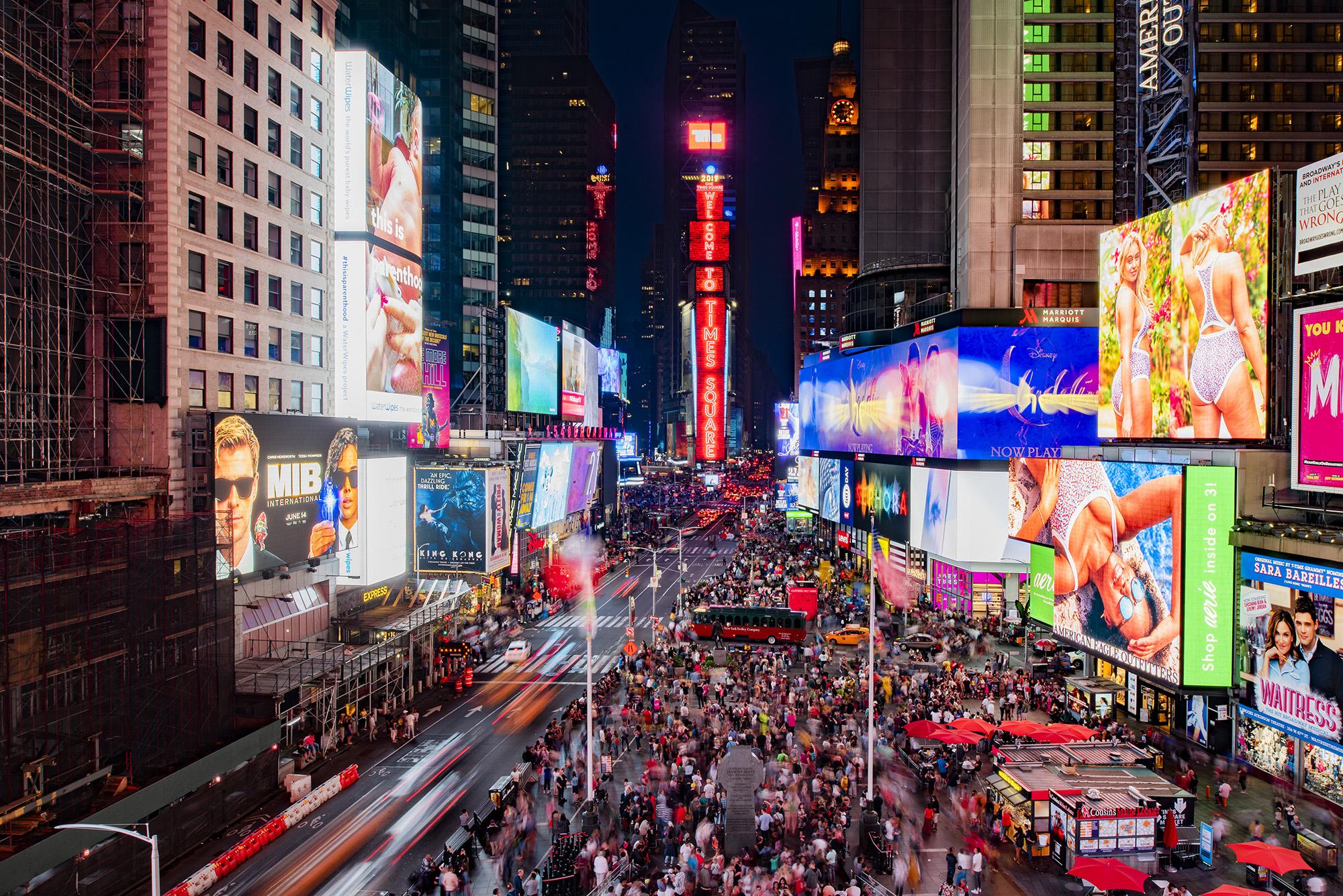 Resultado de imagem para time square new york