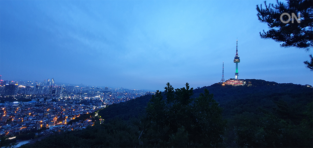 Hands On S10 Night Mode_Namsan