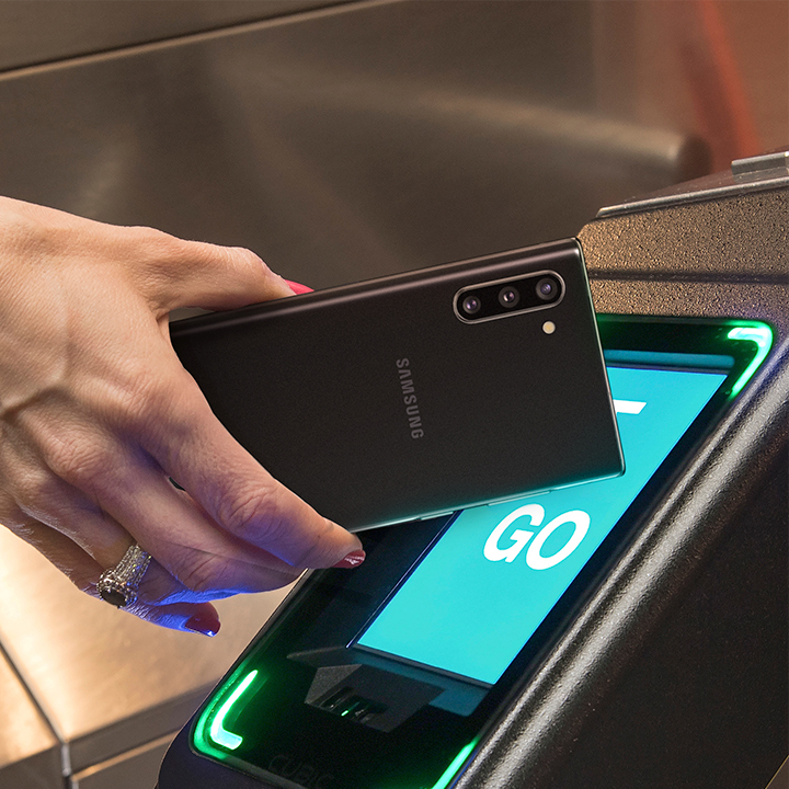 Breeze Through Your Commute with Samsung Pay Tap&Pay