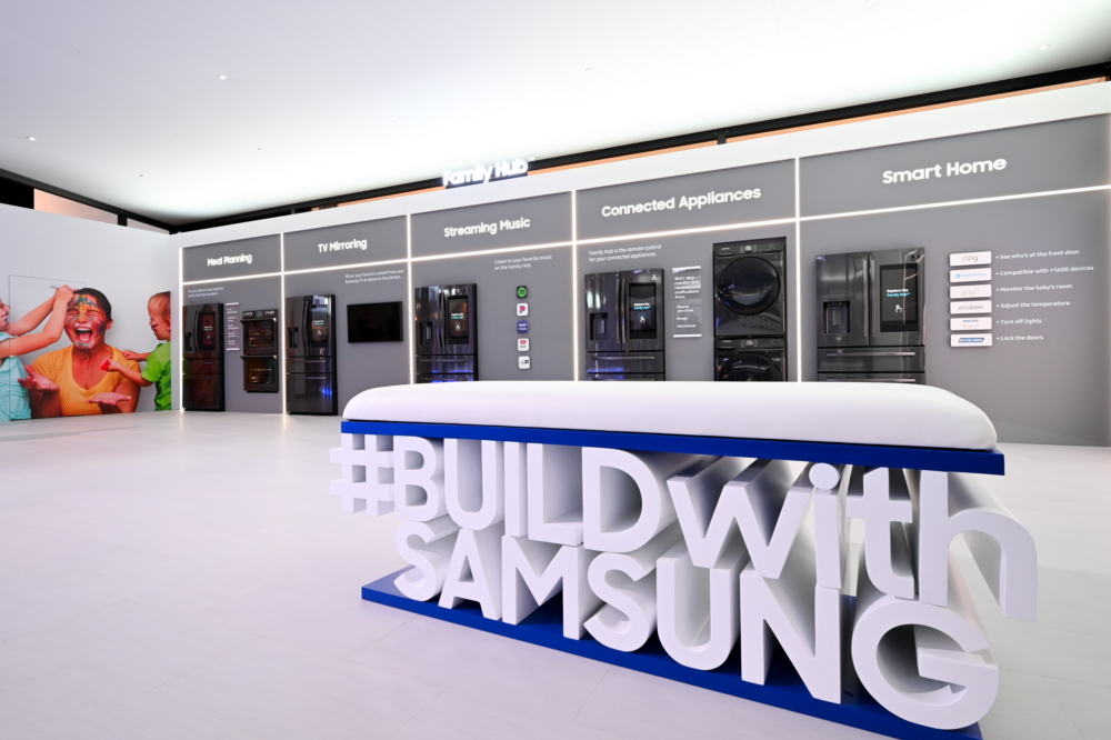 Samsung is committed to bringing new kitchen experiences to users through partnership and innovation. Visitors to the company's KBIS 2020 booth are encouraged to share their impressions of the dedicated zones using the hashtag #BUILDwithSAMSUNG