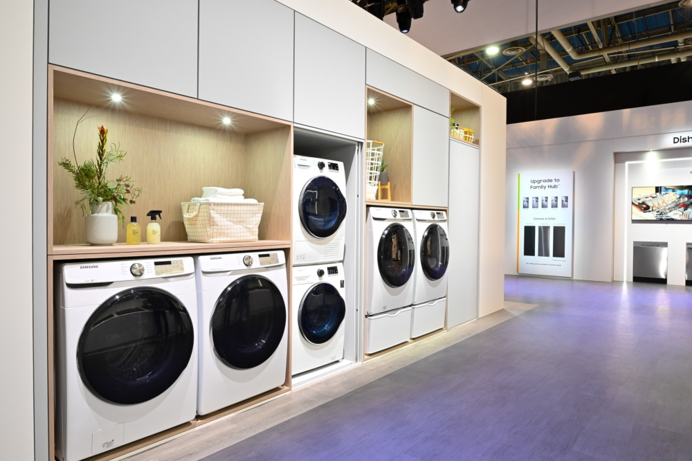 Samsung's laundry machine range features devices in a range of shapes and dimensions to suit a variety of household sizes. With Samsung's smaller devices, users can even stack their washer and dryer machines to maximize their space
