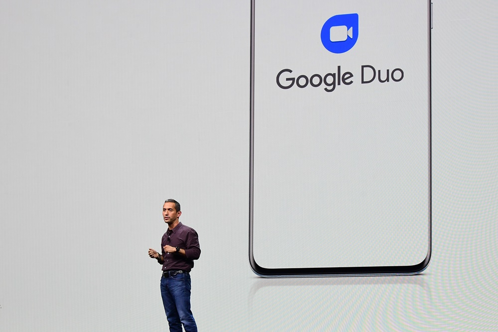 """Hiroshi Lockheimer, SVP of Platforms and Ecosystems at Google, outlines his company's partnership with Samsung to change the way we connect with one another. He describes the decision to deeply integrate Google Duo into the 5G-enabled Galaxy S20 as one of the first steps toward realizing that goal. """"Thanks to 5G, the video calls are higher quality, and that makes you feel more connected to the person you're talking to,"""" says Lockheimer. """"Also, with Duo built right into Galaxy's native apps … we can help people connect much more seamlessly, without interruption."""""""