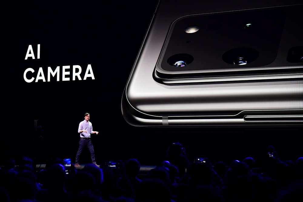 After the smartphones' unveiling, Drew Blackard, Head of Mobile Product Management, Samsung Electronics America, discusses how the Galaxy S20's AI technology makes it easy to take advantage of the camera's advanced hardware.