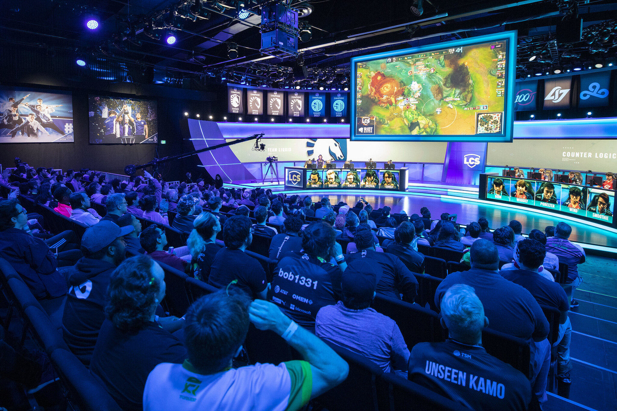 """Samsung and League of Legends Championship Series introduce the """"Samsung SSD Fast Five"""""""