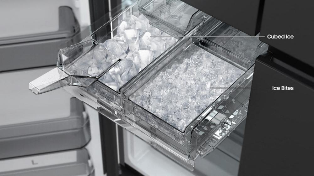 Bespoke Refrigerator 4 Door Flex Icemaker