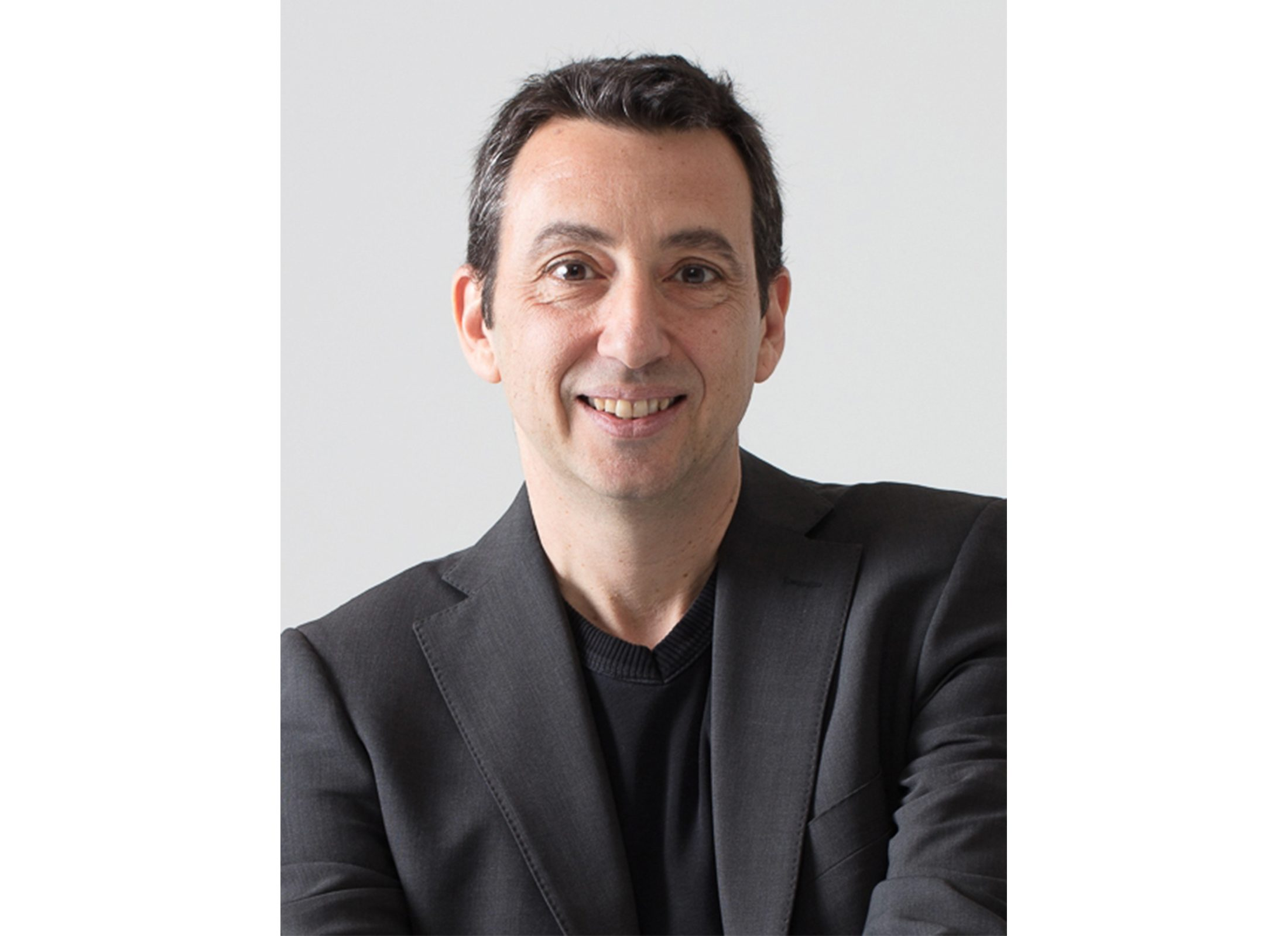 Federico Casalegno, Samsung's Head of the Samsung Design Innovation Center (SDIC) and Mobile Experience Planning