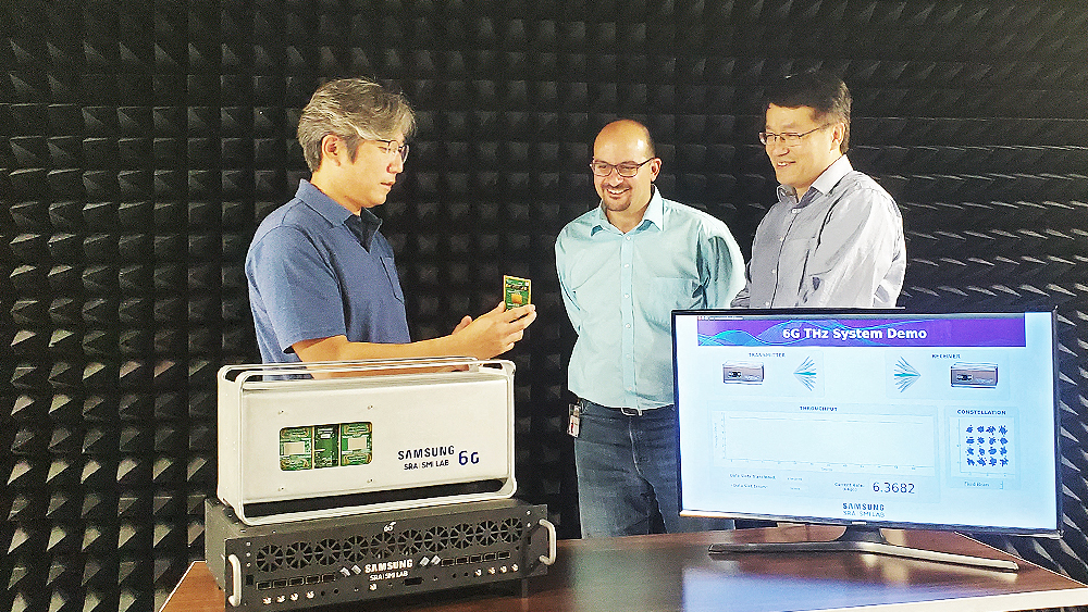 Samsung researchers: Wonsuk Choi, Shadi Abu-Surra and Gary Xu with the THz proof-of-concept system